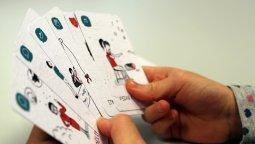 LASKAVÝ PETR _ Karetní hra _ prodej